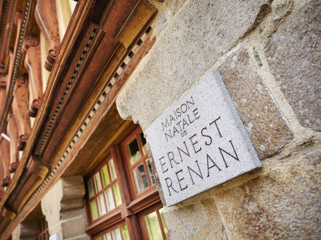 Delwenn Ernest Renan