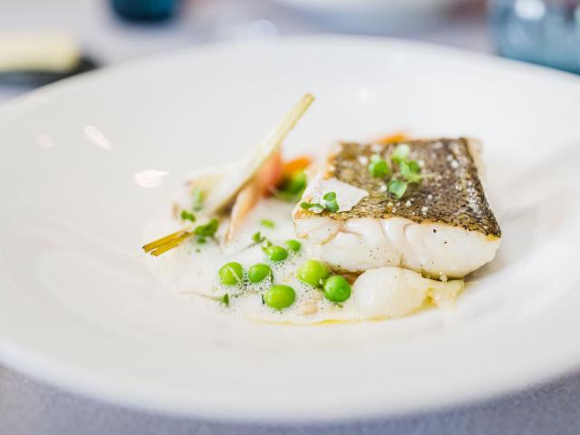 Hotel Aigue Marine 2019 Restaurant Plat Cabillaud ©l'oeil De Paco