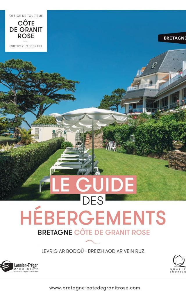 couverture-guide-des-hebergements-cote-de-granit-rose-2021-1.jpg